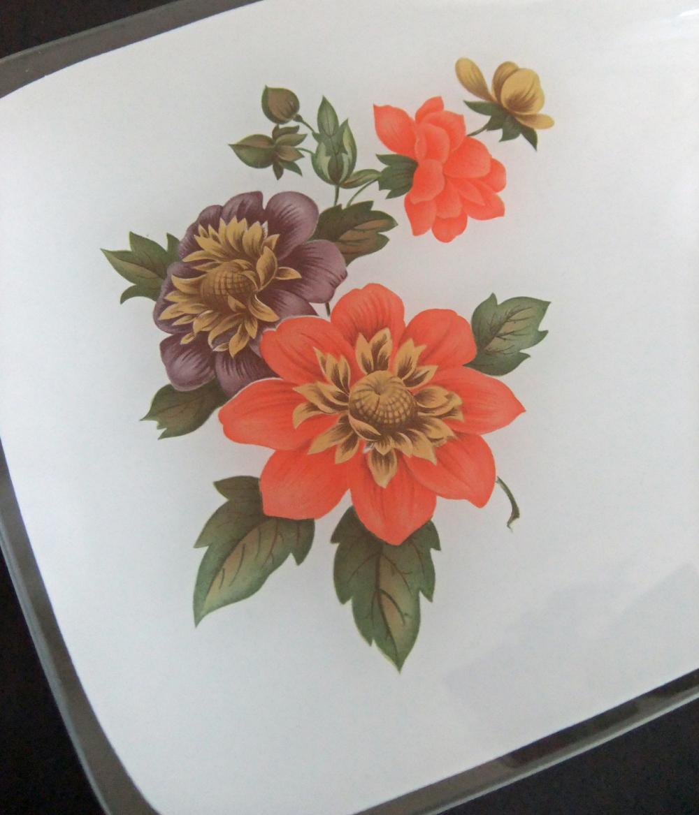 Vintage Chance Glass Fiestaware sandwich plate - Dahlias on white background