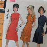 Retro 1960s dressmaking pattern - M..